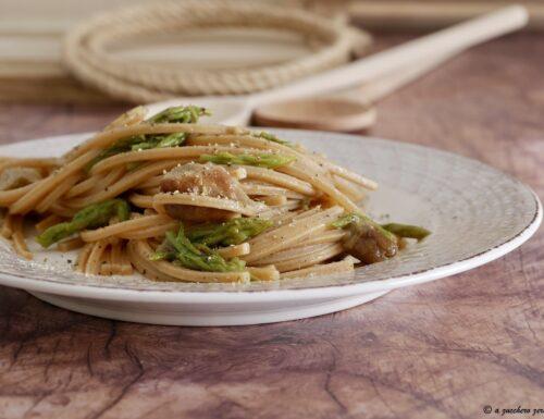 Pasta integrale con asparagi selvatici e funghi porcini