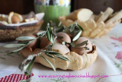 PASQUA 2012 cestini di pane con uova sode