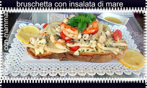 Bruschetta con insalata di mare