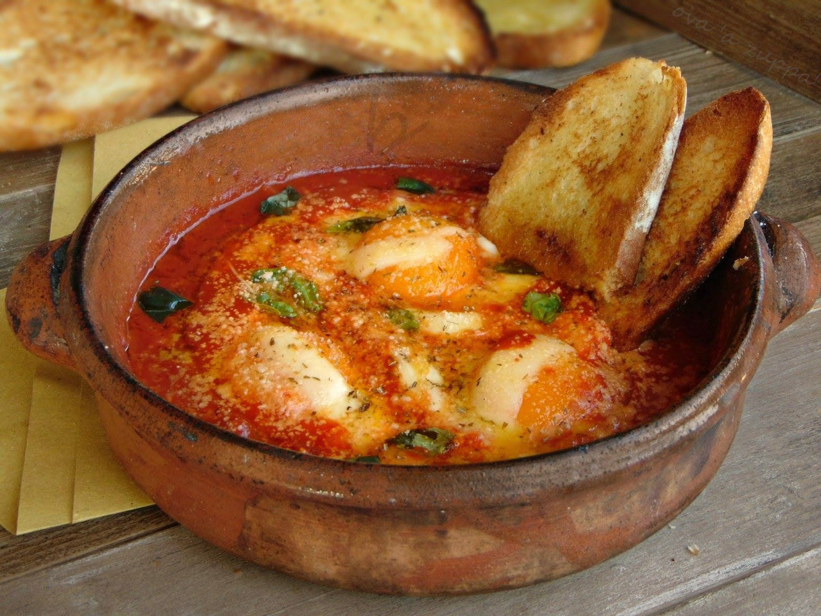 uova a zuppa