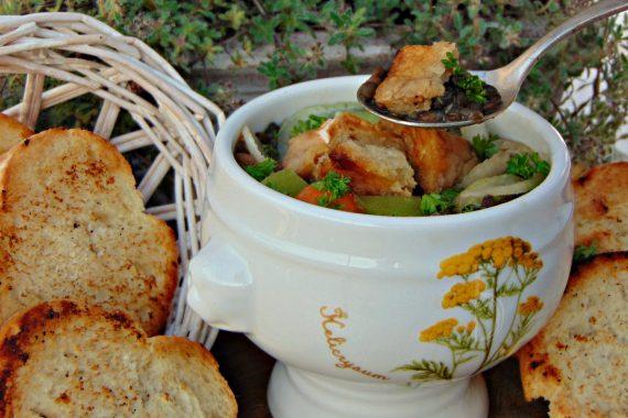 Zuppa di lenticchie nere  beluga