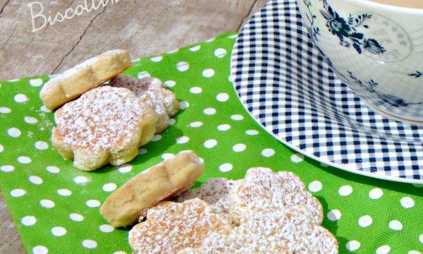 Biscotti in padella. Facili e veloci