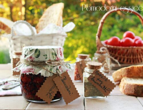 Pomodorini essiccati. L'estate in tavola anche d'inverno