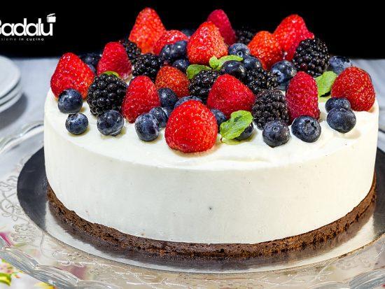 Cheesecake ai frutti di bosco con biscotto al cioccolato senza farina- silikomart