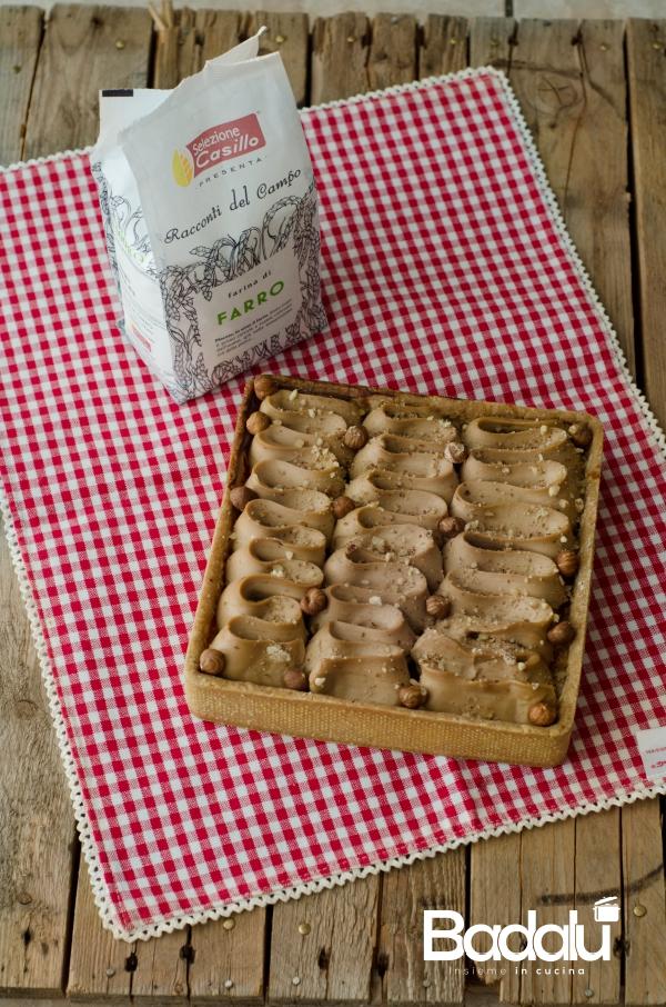 Crostata frangipane con namelaka al cioccolato bianco e nocciole- selezione casillo
