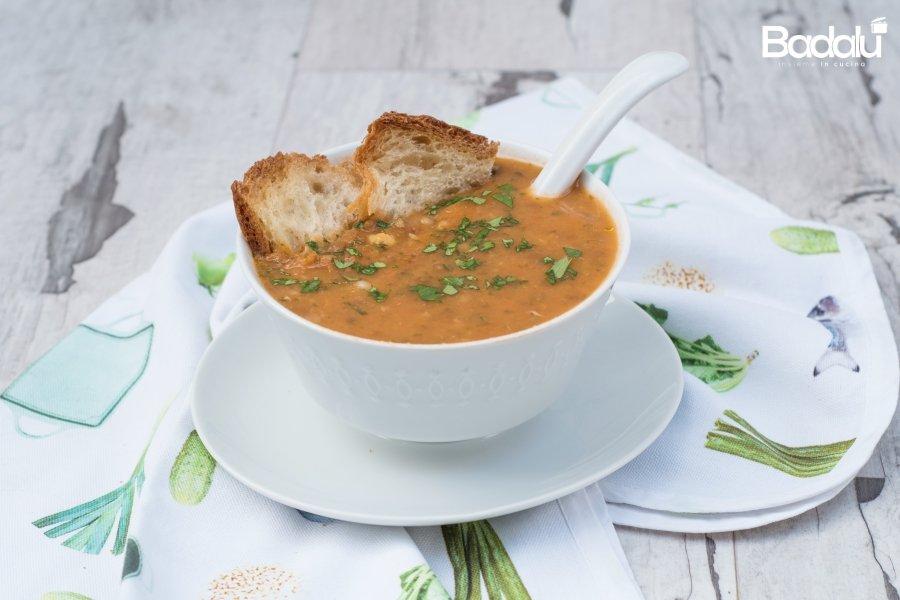 Zuppa di legumi con spezie-risolì