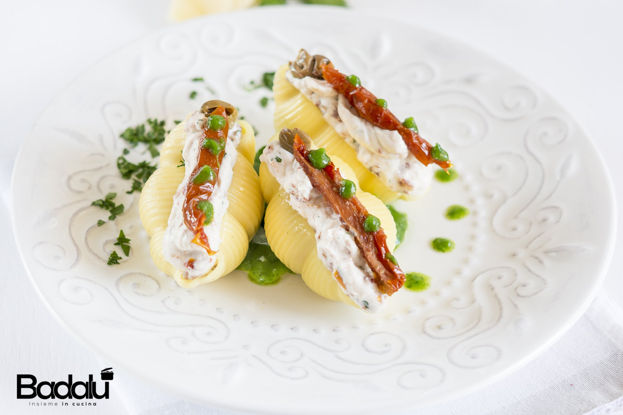 Gnocca alla mediterranea su zuppa di prezzemolo pasta di Gragnano