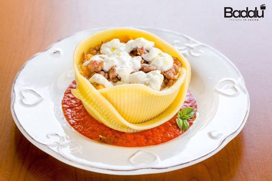 Caccavelle ripiene di purea di zucca con salsiccia e stracciatella filante Pasta di Gragnano