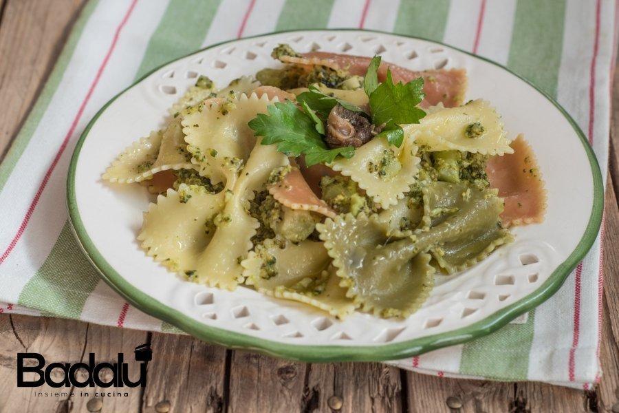Farfalle con broccoli e acciughe-la fabbrica della pasta di gragnano