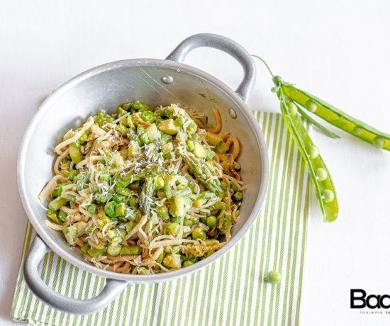spaghetti integrali alla chitarra con salsa di uova e verdure fresche- selezione casillo