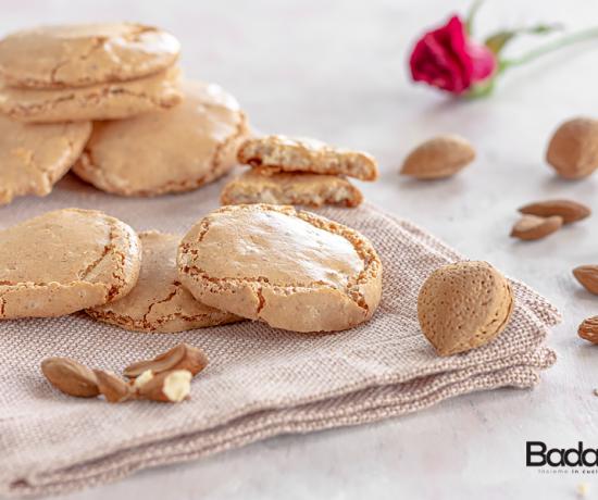 Biscotti croccanti alle mandorle ricetta senza glutine