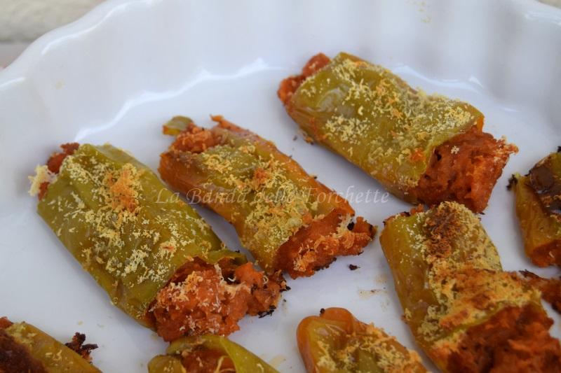 Friggitelli ripieni di pappa al pomodoro, Ricetta del riciclo