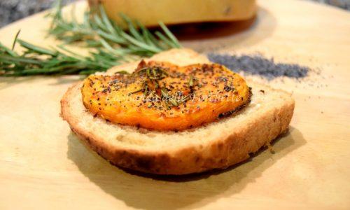 Zucca al forno con semi di papavero