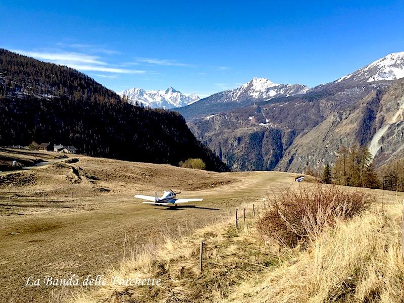 Chamois Valle D'Aosta Avioturismo Fly to Italia