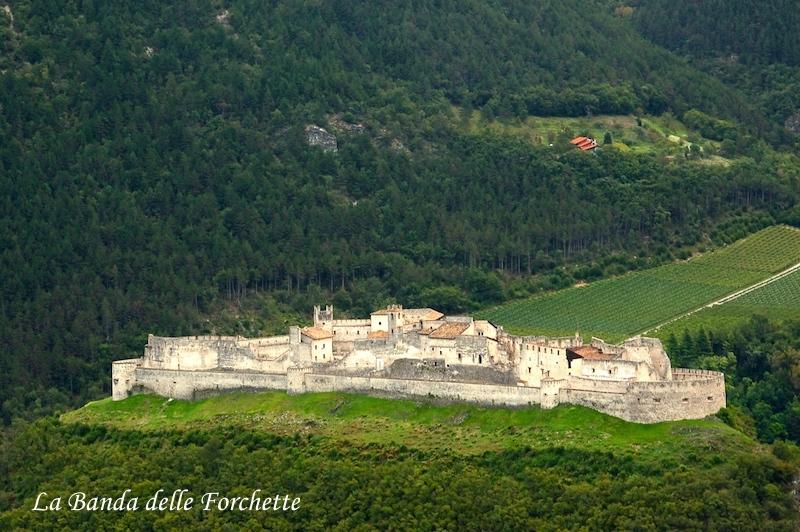 Castel Beseno Trento Avioturismo