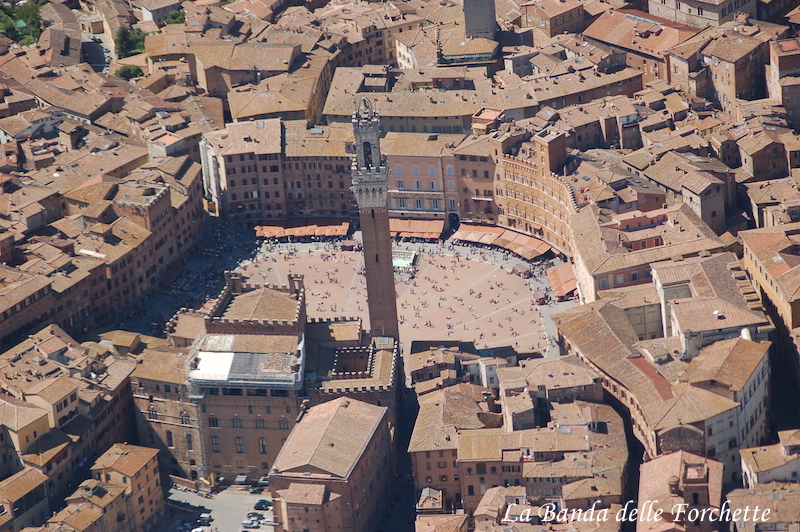 Avioturismo Italia Toscana Piazza del Campo Siena