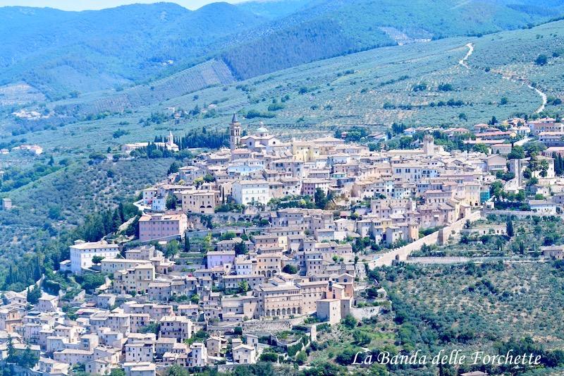 Avioturismo Italia Umbria Trevi