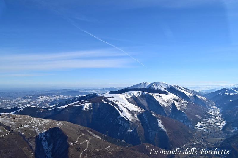Avioturismo Italia Marche Monte Petrano