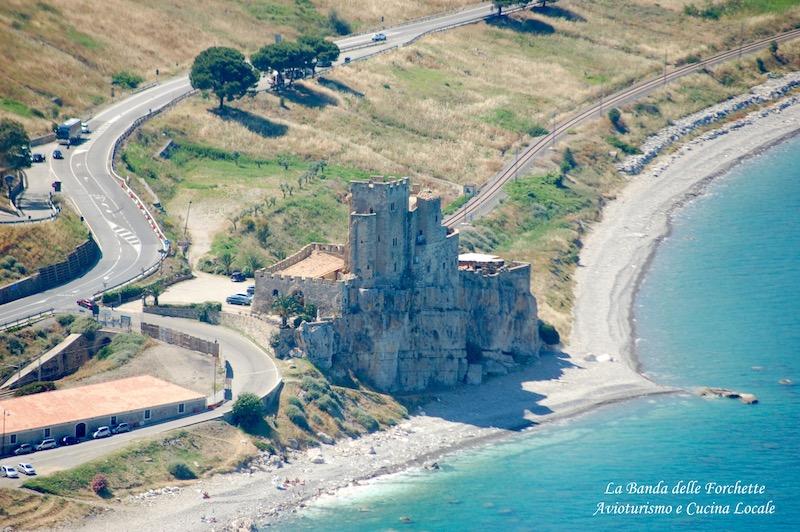Avioturismo Puglia Castello di Roseto Capo Spulico