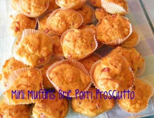 Mini muffins brie, prosciutto cotto e porri, ricetta torte salate