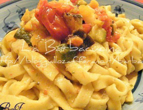 Fettuccine arlecchino, ricetta vegetariana