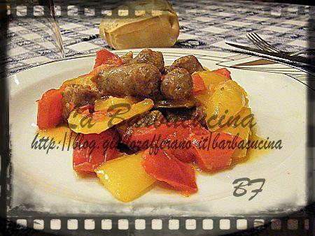 Bocconcini di salsiccia con peperoni, ricetta secondi piatti