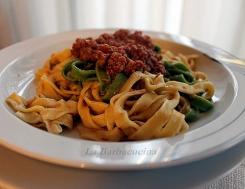 Paglia e fieno con ragu, ricetta primi piatti