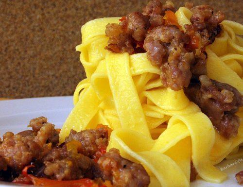 Salsiccia e peperoni, ricetta sughi e condimenti