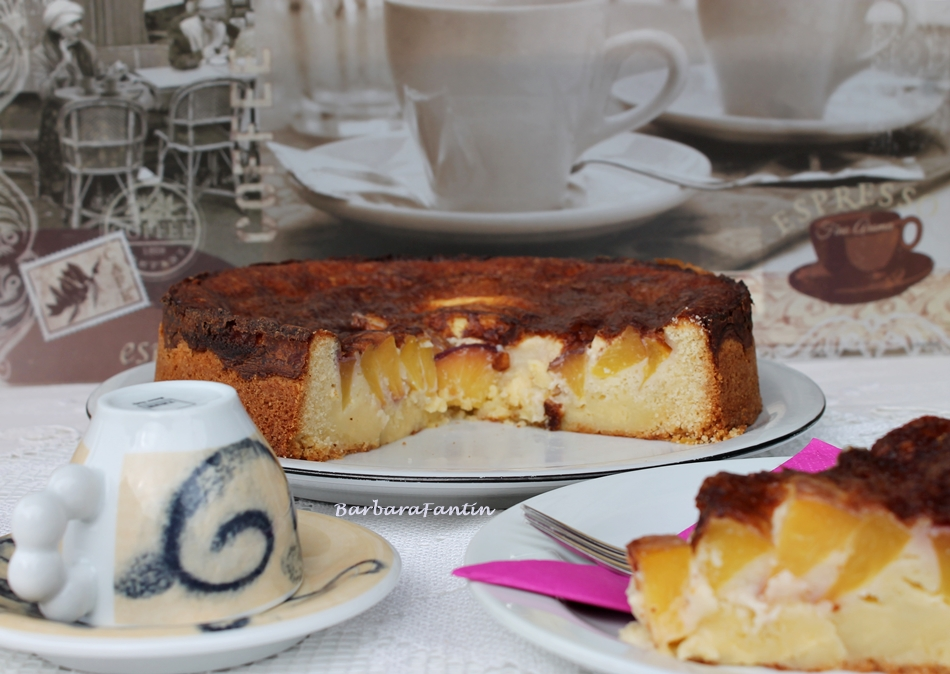 Torta pesche noci e panna, ricetta dolce La Barbacucina