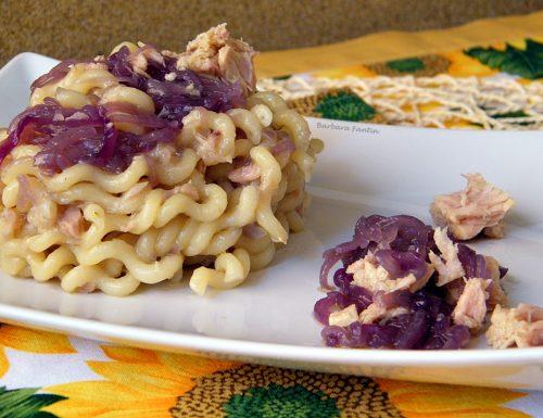 Pasta tonno, cipolla – ricetta primi piatti