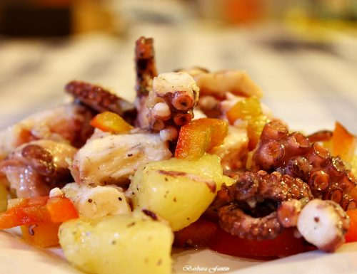 Polpo, patate, peperoni, ricetta con il pesce