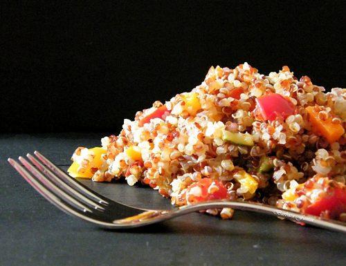 Quinoa con verdure agrodolci, ricetta vegana