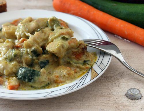 Pollo al curry, cipolla Tropea, carote, zucchine – ricetta di Nicola