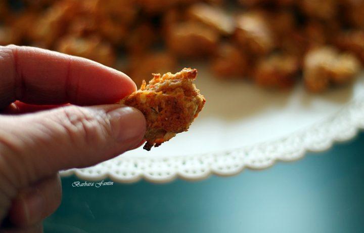Biscotti per cani mela, carota , ricetta facilissima e veloce