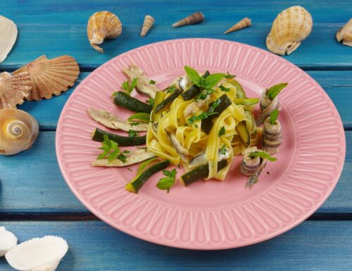 Tagliatelle con alici e zucchine