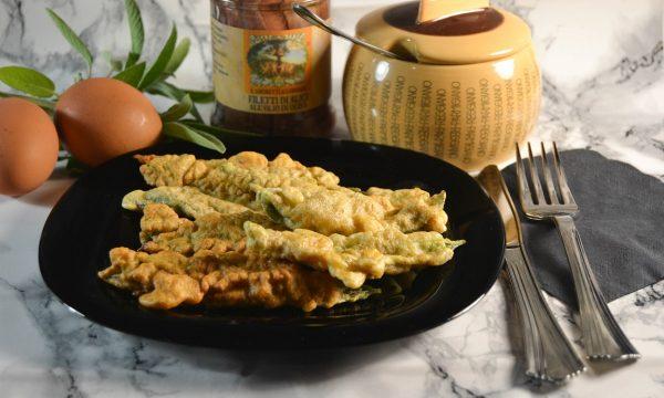 Salvia fritta farcita con alici e taleggio