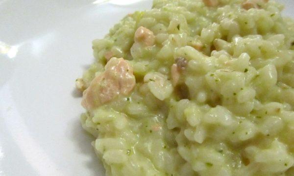 Risotto al salmone fresco con crema di zucchine
