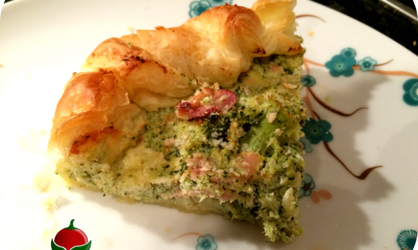 Torta salata con broccoli e bacon