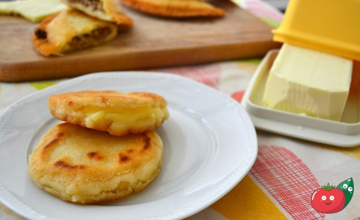 Arepas al formaggio – Ricetta colombiana