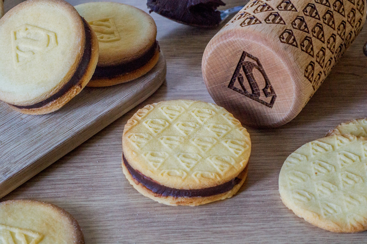 biscotti con crema al cioccolato