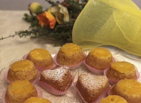 """Muffin rovesciati alle arance """"Vaniglia"""" con mandorle e carote."""