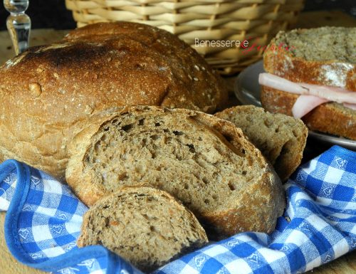 Pane con farina integrale (pane nero)