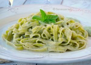 Pasta in Crema di Ricotta e Pesto