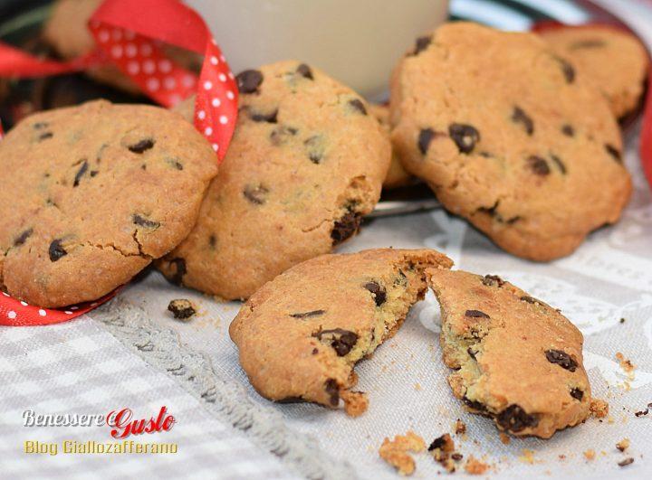 Cookies ricetta con gocce di cioccolato