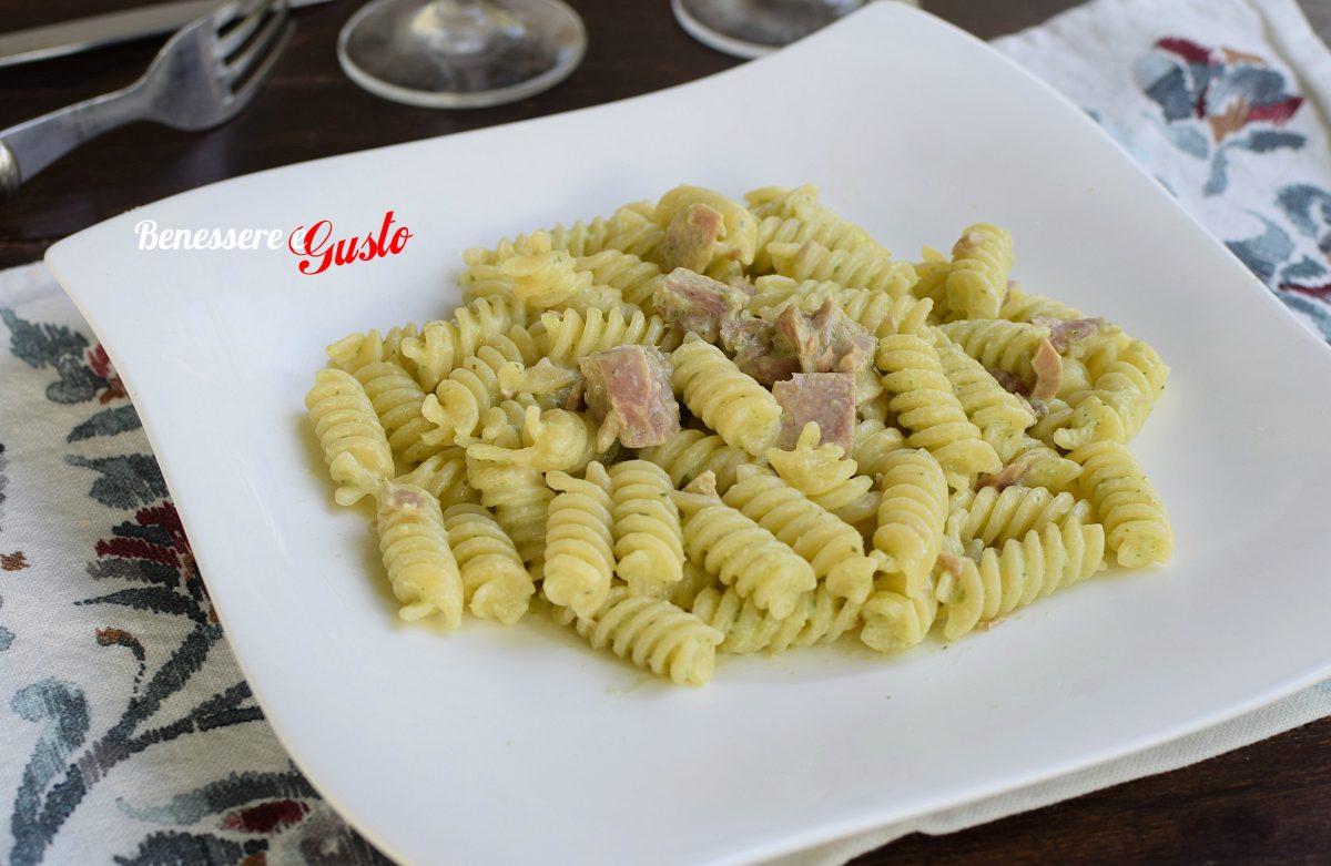 pasta al tonno in crema di zucchine
