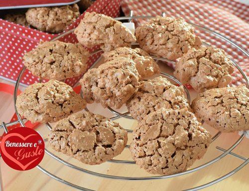 Brutti ma buoni, biscotti con solo 3 ingredienti