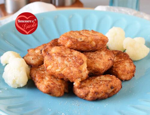 Frittelle di cavolfiore fritte o al forno