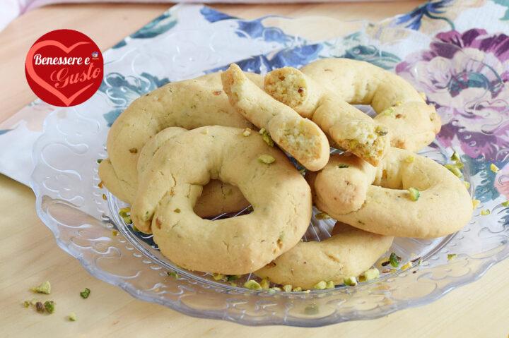 Taralli dolci al pistacchio