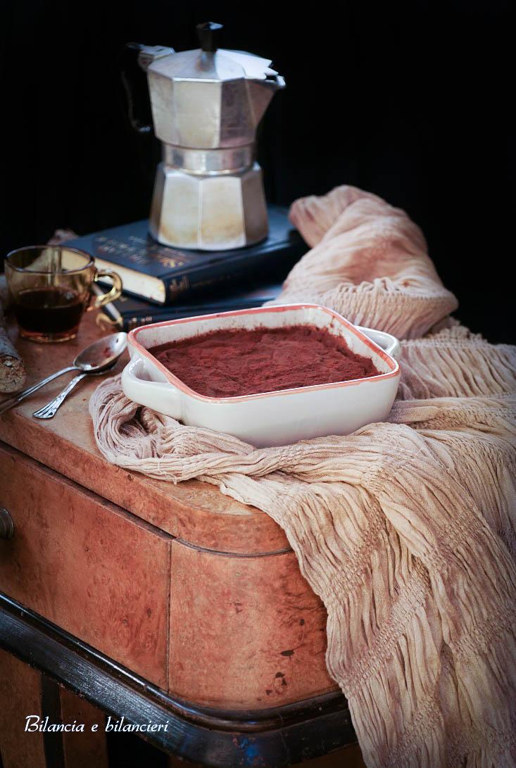 Tiramisù con panbauletto al kamut e yogurt di soia