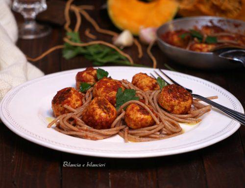 Spaghetti di farro con polpettine di pollo alla zucca